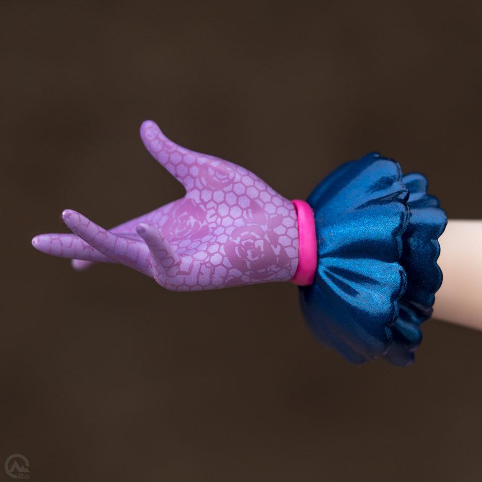 アルター 輿水幸子フィギュアの指