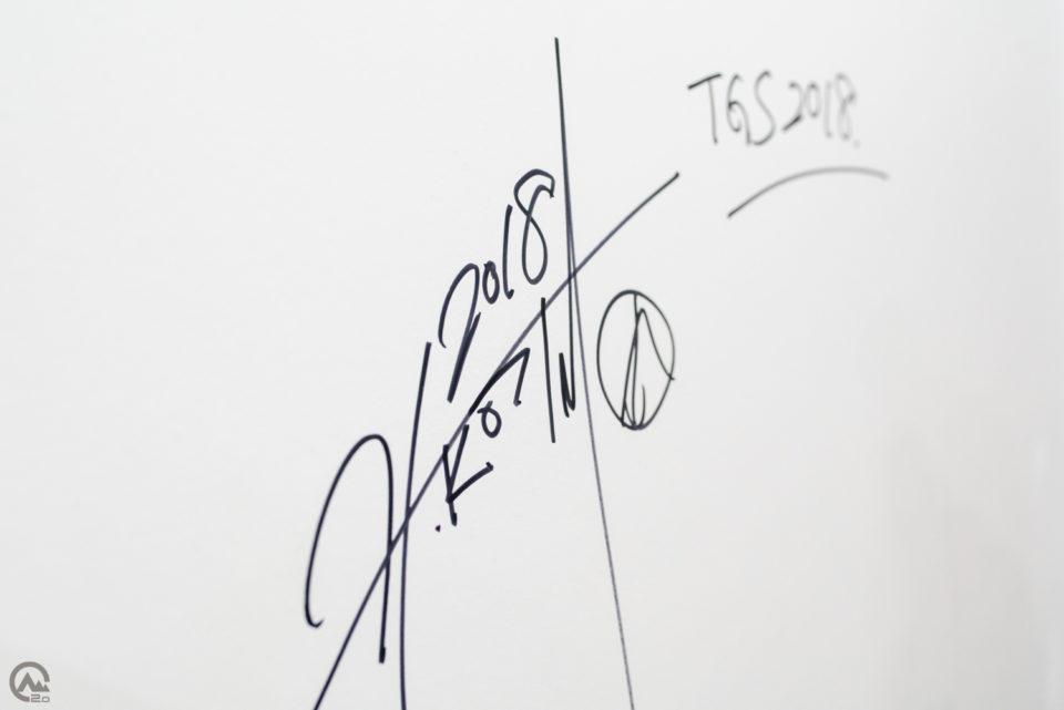 小島秀夫のサイン